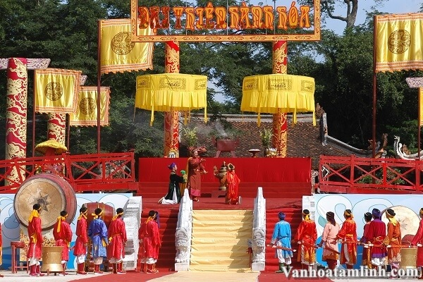 Các lễ hội, phong tục tập quán tiểu biểu ở Việt Nam-6