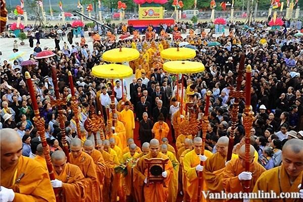 Phật giáo du nhập vào Việt Nam khi nào, phát triển ra sao?