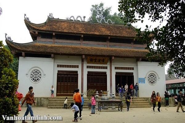 Đền Đông Cuông - Nơi bảo tồn tín ngưỡng thờ Mẫu Thượng Ngàn-3