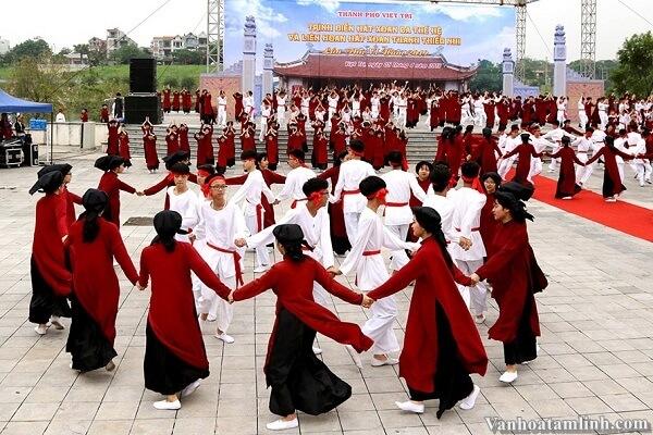 Lễ hội Đền Hùng - Giỗ Tổ Hùng Vương-1