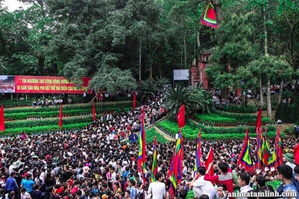 Lễ hội Đền Hùng - Giỗ Tổ Hùng Vương