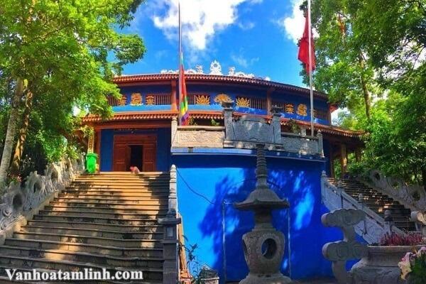 Đền Hoàng Bảy Đá Thiên ở Trại Cau - Thái Nguyên-1
