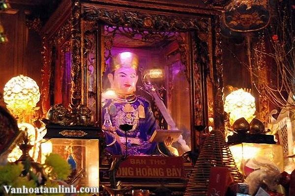 Ông Hoàng Bảy là ai ? Đi lễ đền Quan Hoàng Bảy cầu gì?