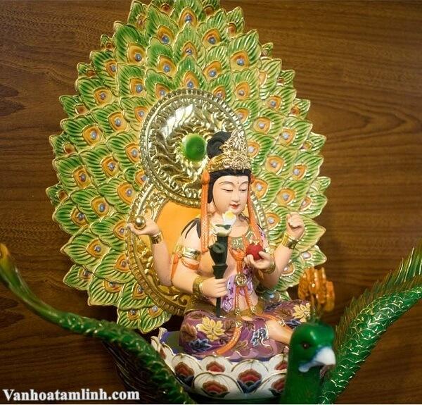 Hình ảnh Khổng Tước Minh Vương Bồ Tát
