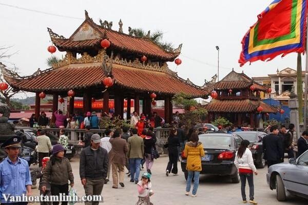 Lễ hội Phủ Giầy – Nam Định